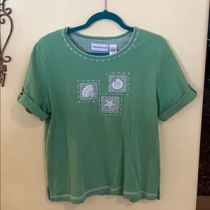 Alfred Dunner Light Green Embroidered Top Size M